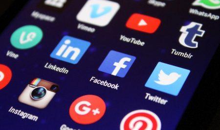 TOP 5 SOCIAL MEDIA PLATFORMS FOR STUDENTS
